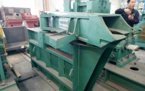 track switcher for wire rod block mill