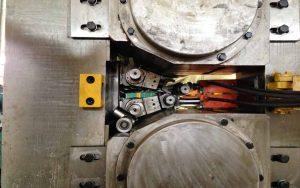 8-Hi jalur keluli Rolling Mesin kilang